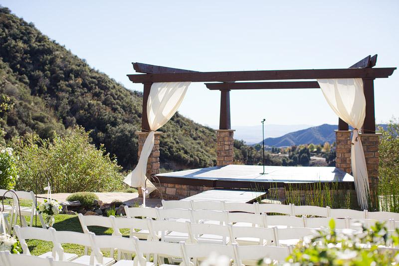 Danielle Joe Oak Glen Serendipity Gardens Wedding Candice